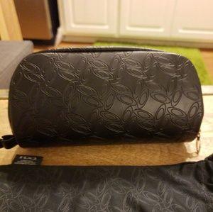 OAKLEY Black Sunglasses Case w/Dustbag